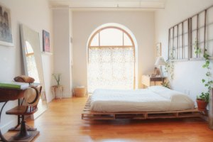 DYI bed made of pallets